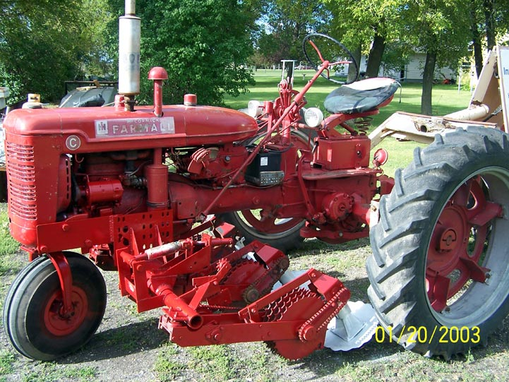 "Farmall ""C"" & Tonsfedt topper"